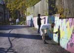 Juomatehtaan seinä. Kuvaaja: Ami Njie
